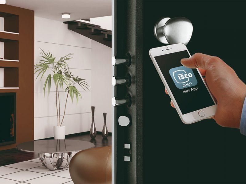 Serrature elettroniche la protezione della casa diventa intelligente